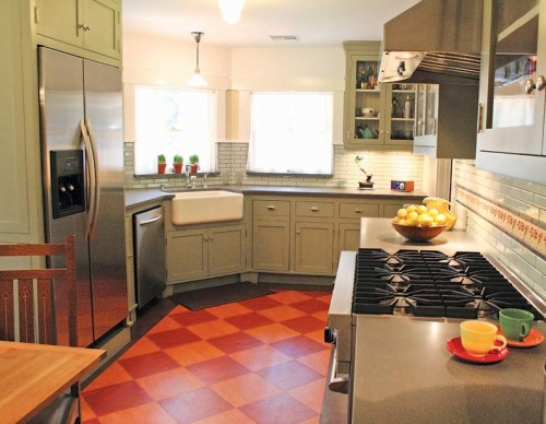 "Linoleum is a truly vintage option having been in production for more than 150 years. It is entirely possible that there was linoleum in many of the kitchens in my building 100+ years ago. [<i>Source: <a href=""http://www.oldhouseonline.com/best-flooring-choices-old-house-kitchens/"" target=""blank"">Old House Online</a></i>]"